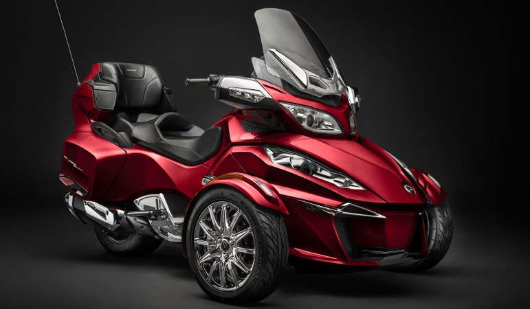 2015-Can-Am-Spyder-RT-Limited3.jpg