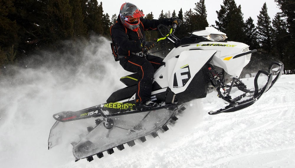 2018-Ski-Doo-Freeride-Action-Right-1000x569.jpg