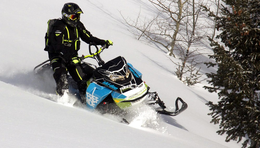 2018-Ski-Doo-Freeride-Beauty-1000x569.jpg