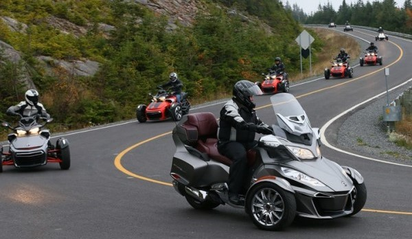 2015-Can-Am-Spyder-F3-06-770x513.jpg