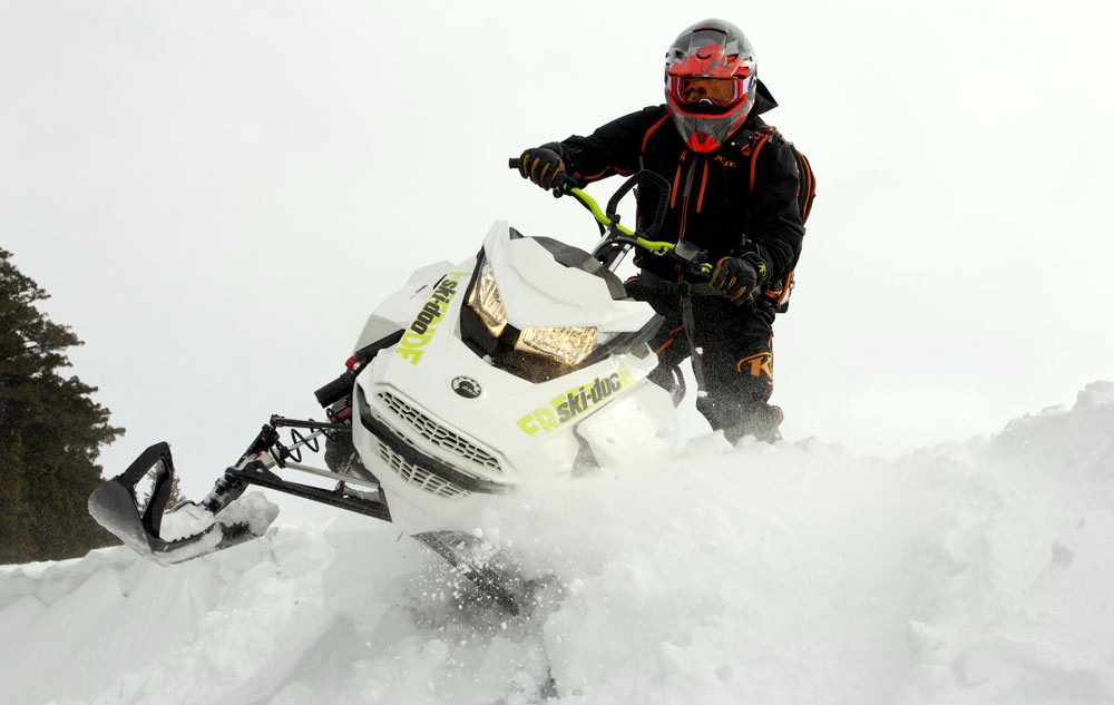 2018-Ski-Doo-Freeride-Action-Playful-1000x633.jpg