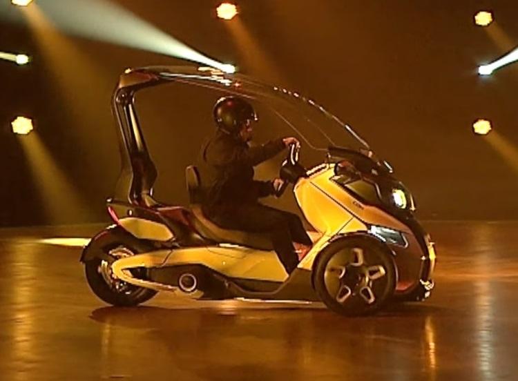 BRP представила концепты электромотоциклов.