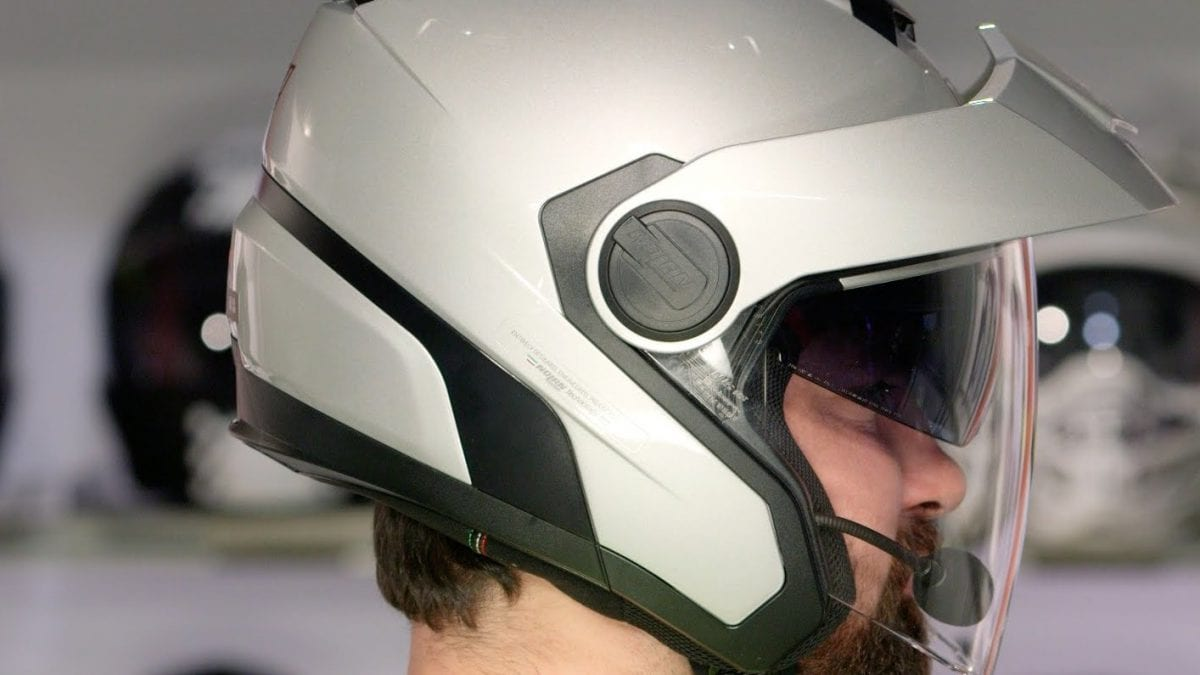 Новый универсальный шлем в коллекции Can-Am 2016