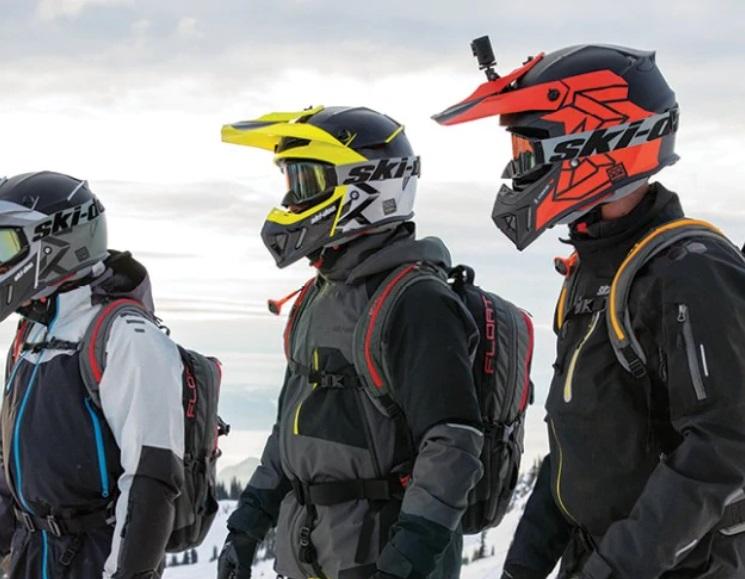 Выбор правильного шлема для снегохода