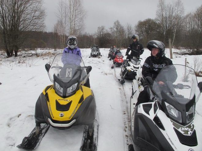 Поездка на снегоходах в Конаково 2014 февраль